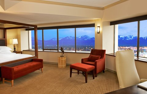 Sheraton Anchorage Hotel & Spa - Junior Suite Living Room