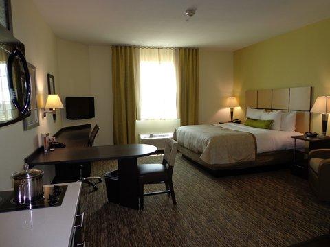 Candlewood Suites Odessa Hotel - King Studio Suite