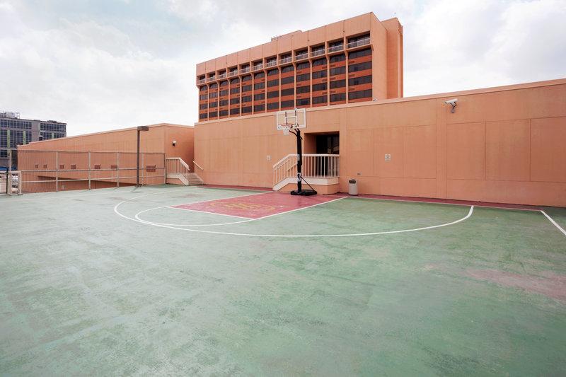 Crowne Plaza San Antonio Airport - San Antonio, TX