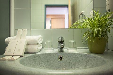 City Hotel Matyas - Bathroom