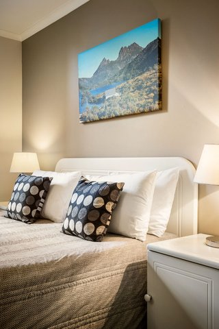 Quest Waterfront - Guest Room