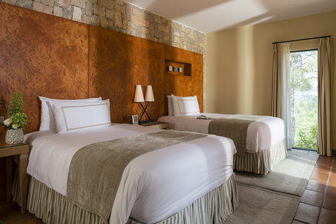 Terre Blanche Hotel Spa Golf - Deluxe Suite Twin Bedroom