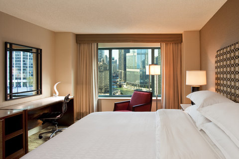 Sheraton Grand Chicago Hotel - Deluxe King Room