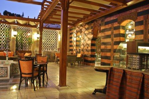 ريجنسي بالاس عمان - Cafe at Regency Palace Amman