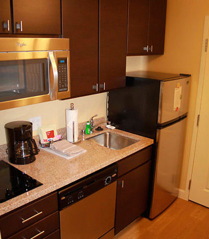 TownePlace Suites Richland Columbia Point - Studio Kitchen