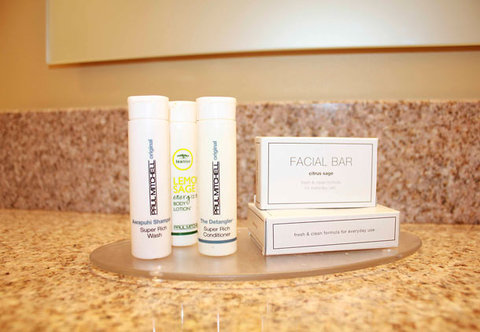 TownePlace Suites Richland Columbia Point - Paul Mitchell Amenities
