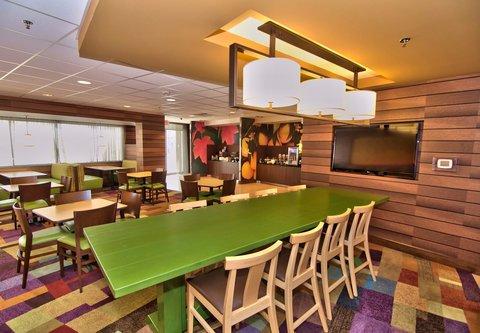 Fairfield Inn & Suites Towanda Wysox - Seating Area