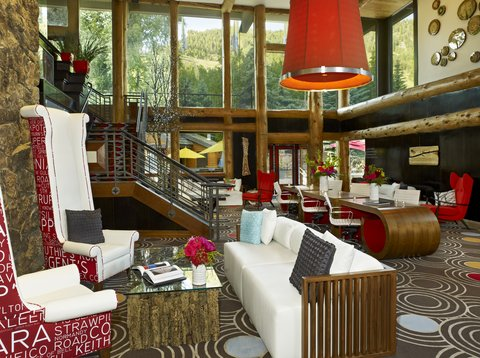 Sky Hotel a Kimpton Hotels - Living Room Lobby