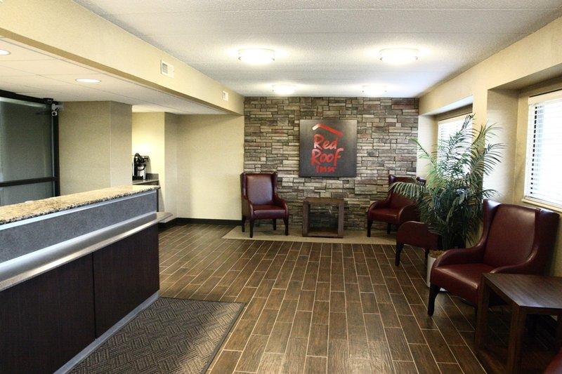 Red Roof Inn - Johnson City, TN