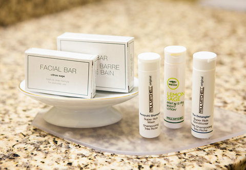 Towneplace Suites by Marriott Savannah Airport - Suite Bathroom Amenities