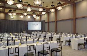 Ballroom - Modern Hotel Waikiki Honolulu