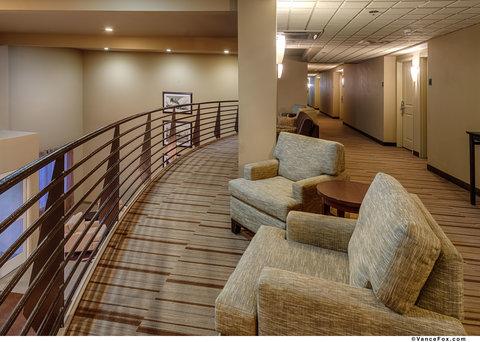 BEST WESTERN PLUS Chena River Lodge - Interior