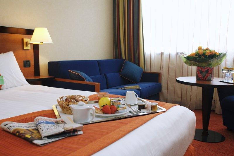 Holiday Inn Paris-Versailles-Bougival Вид в номере