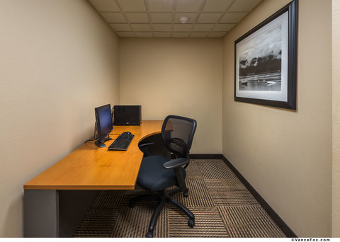 BEST WESTERN PLUS Chena River Lodge - Stay Connected