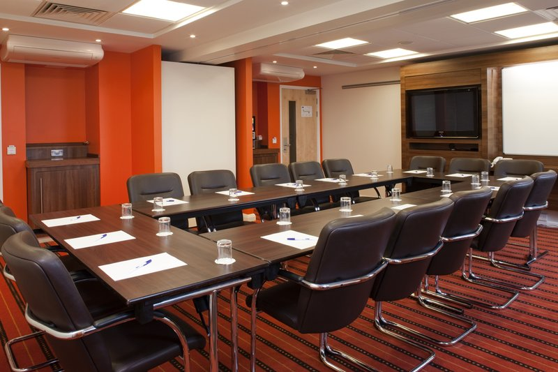 Holiday Inn Express Slough Konferencelokale