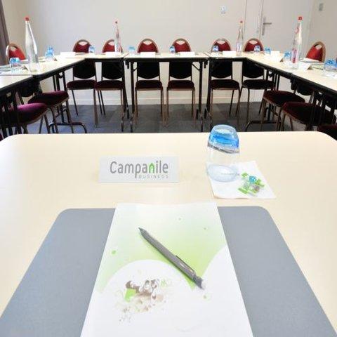 CAMPANILE LYON EST - Aéroport St Exupery - Meeting Room