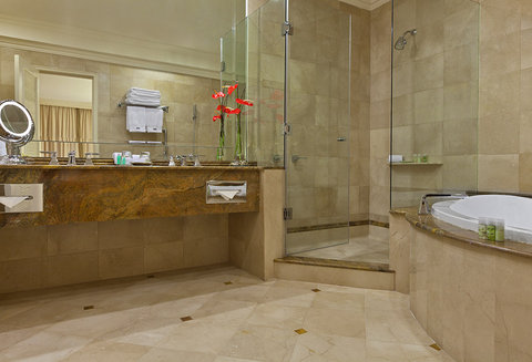 The Westin Camino Real, Guatemala - Junior Executive Suite - Bathroom