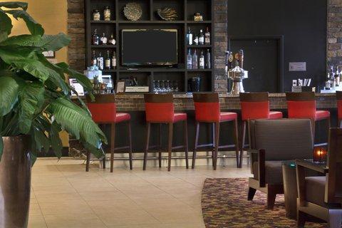Embassy Suites Columbus - Airport - Bar View
