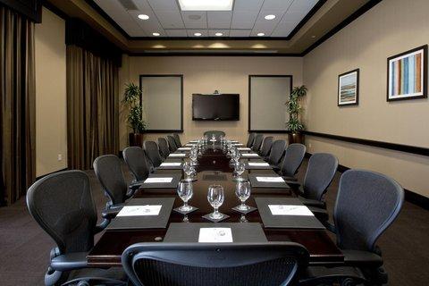 Embassy Suites Columbus - Airport - Boardroom meeting area