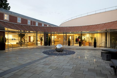 Doubletree by Hilton Hotel & Spa Chester - Hotel Entrance