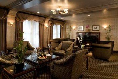 City Suites Hotel - AMENLobby