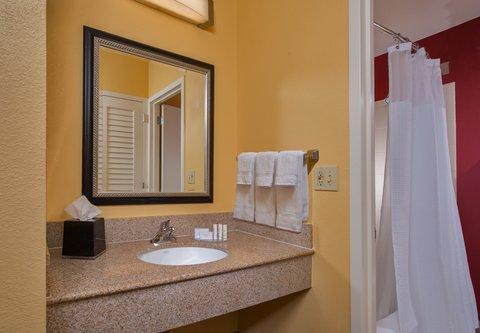 Courtyard Annapolis - Bathroom Vanity