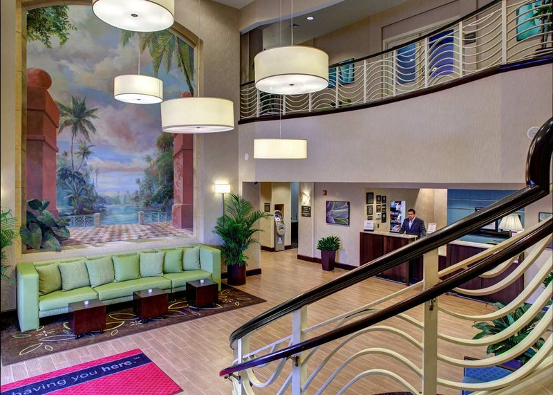 Hampton Inn & Suites - Miami-Airport South/Blue Lagoon Lobby