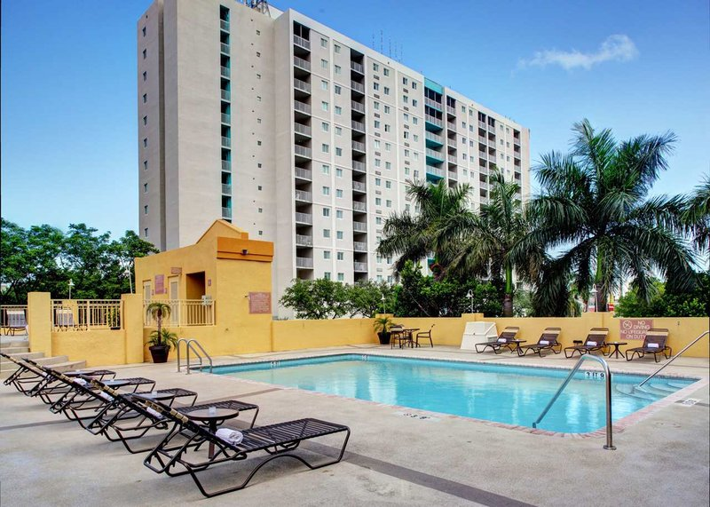 Hampton Inn & Suites - Miami-Airport South/Blue Lagoon Pool