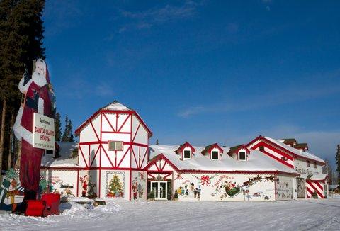 BEST WESTERN PLUS Chena River Lodge - Santa Claus House