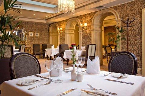 Buswells Hotel - Restaurant
