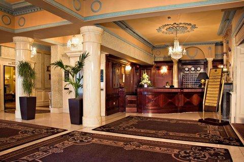 Buswells Hotel - Lobby