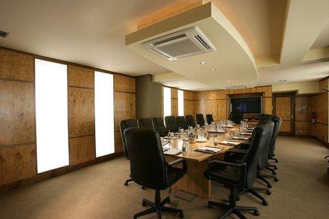 Buswells Hotel - Meeting Room