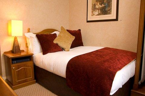 Buswells Hotel - Single Room