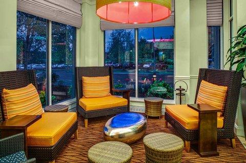 Hilton Garden Inn Danbury Hotel - Hotel Lobby