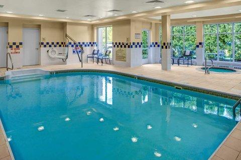 Hilton Garden Inn Danbury Hotel - Indoor Pool and Whirlpool