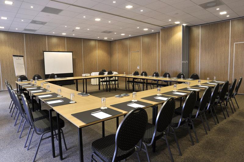 Golden Tulip Jagershorst Konferenční sál