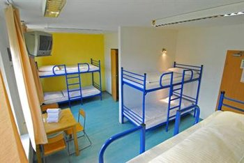 A&O Hotel & Hostel - Room
