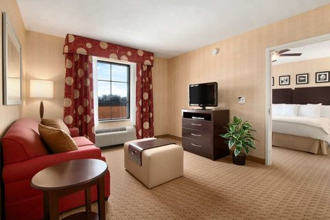Homewood Suites by Hilton Newtown - Langhorne, PA - Accessible One Bedroom King Suite