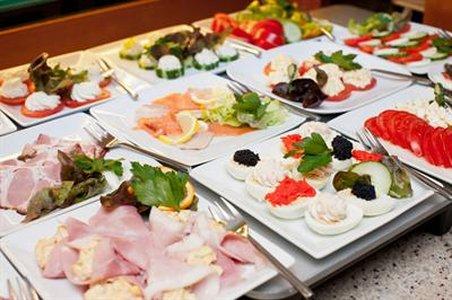 A`Ppart Garden Cottage Hotel - Gastronomy