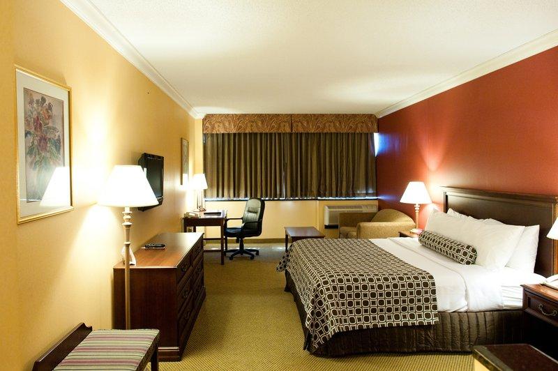 Crowne Plaza Hotel Edison Huonenäkymä