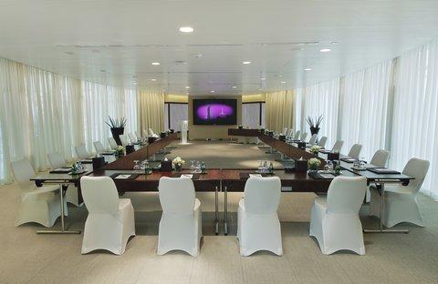 الشعلة الدوحة - Madar Meeting Room
