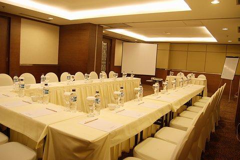 Swiss-Belhotel Danum Palangka Raya - Meeting Room
