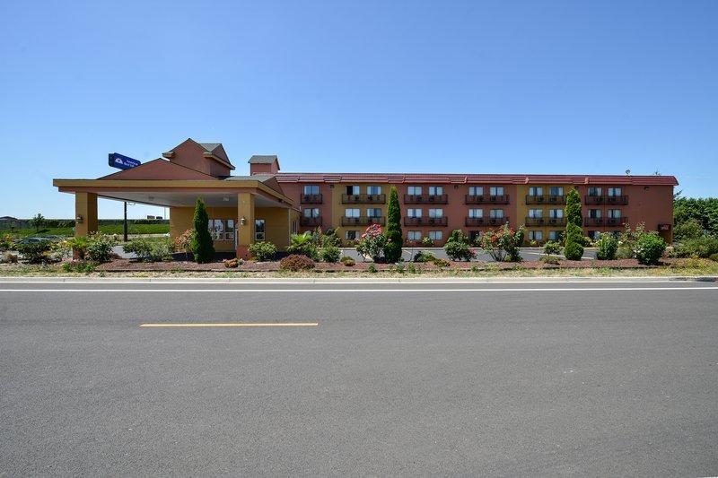 Cozzzy Inn - Salem, OR