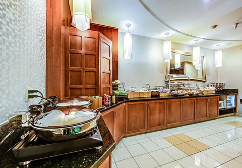 SpringHill Suites Dayton South/Miamisburg - Breakfast Buffet