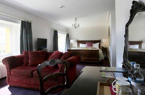 The Ickworth Hotel - De Walden