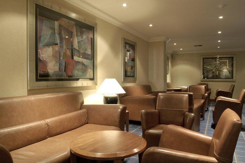 Holiday Inn GLASGOW AIRPORT Salon/Lobi
