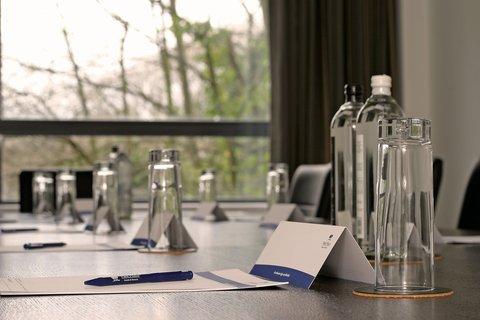 Park Plaza Cardiff - Meeting room