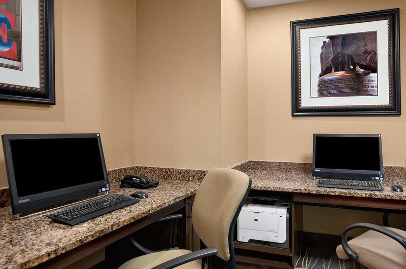 Embassy Suites Philadelphia - Airport Autre