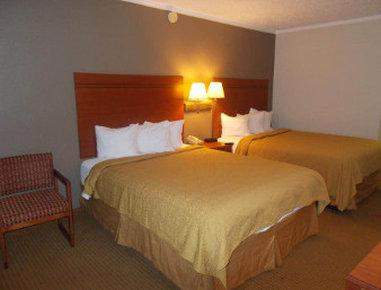 Super 8 Longview/North - Standard 2 Queens Bed Room
