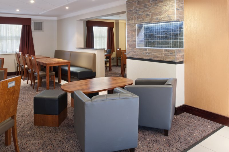 Holiday Inn Express Leeds-East Прочее